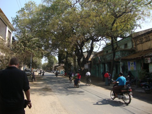 The not-so-mean  streets of Bagan.