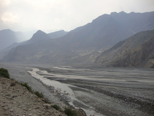 Riverbed just past Jomsom