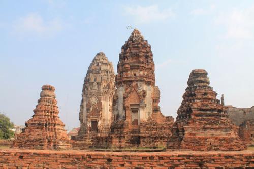 ruins-train-station-lopburi